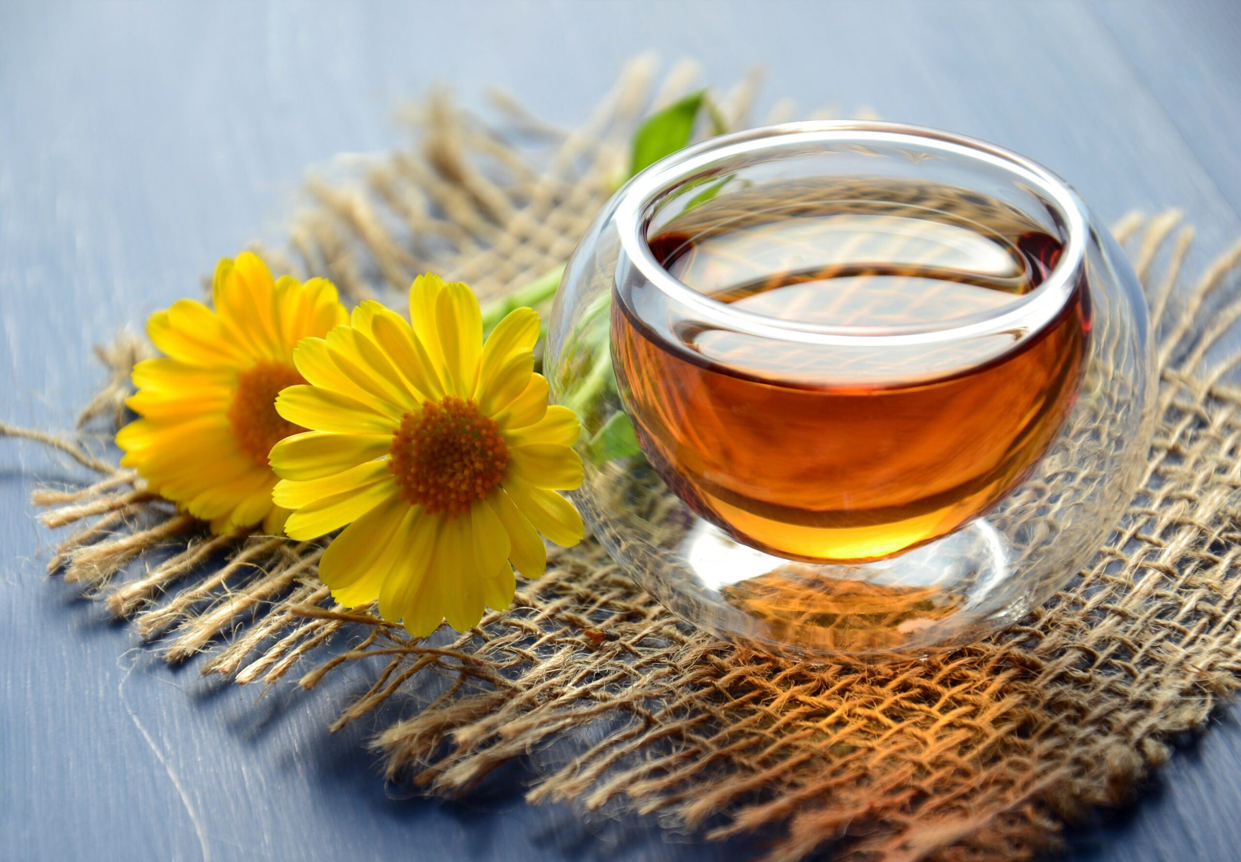 does-chamomile-tea-help-you-sleep